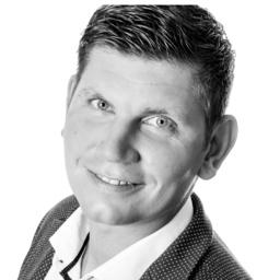 Ingo Hartmann - Möbel Heinrich