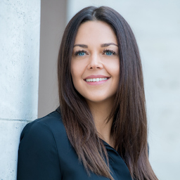 Corinna Karl