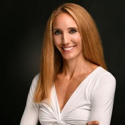 Dr. Julia Schamari