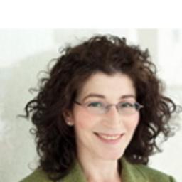 Lydia Farago