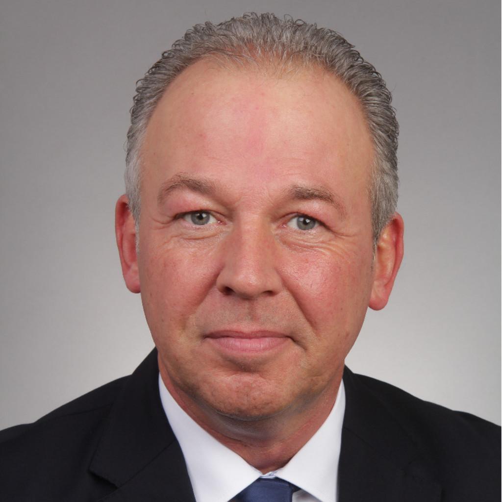 Klaus Brings   Neuwagenverkäufer Audi/VW   Tiemeyer Gelsenkirchen Buer GmbH    XING