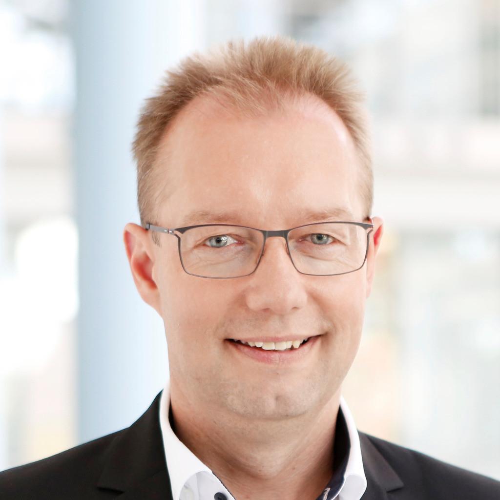 Manfred zahn leiter qualification festo ag co kg xing for Ingenieur fertigungstechnik