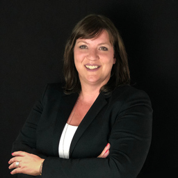 Jessica Busch - TRICONNECT Consulting GmbH - WE CONNECT PEOPLE - Düsseldorf