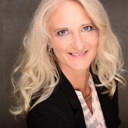 Nicole Hoffmann