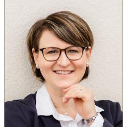 Stephanie Gieringer - GIERINGER - Gesundheitsmanagement - Stuttgart