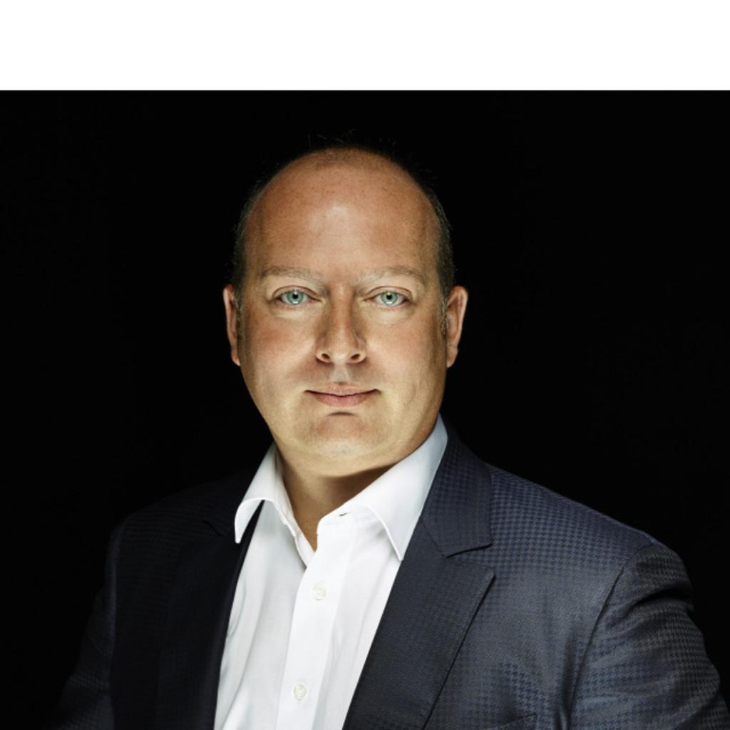 <b>Stefan Fischer</b> - Hotelmanager/Betreiber - Apartments-Seligenstadt | XING - stefan-fischer-foto.1024x1024