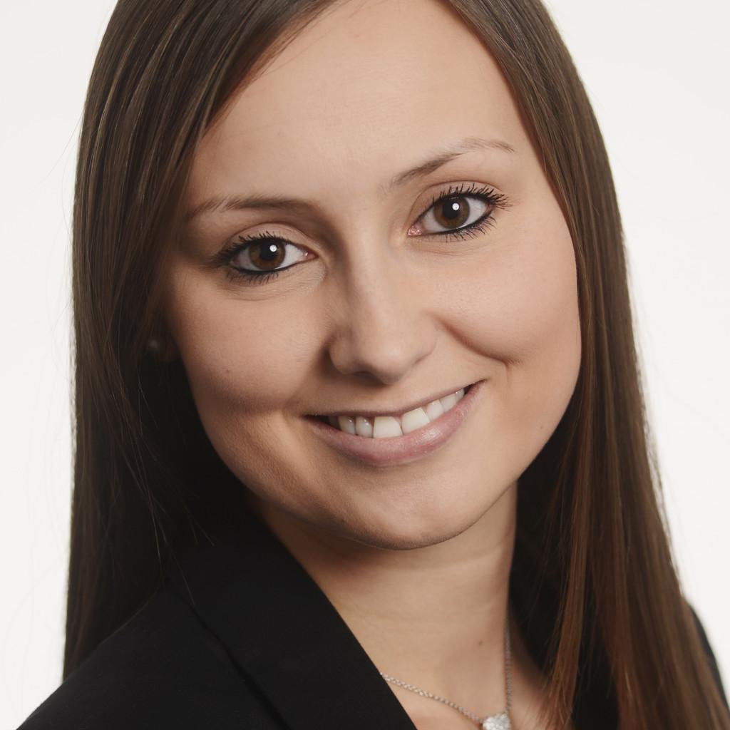 Nicola van der straeten senior business development for Innendekoration vankann gmbh