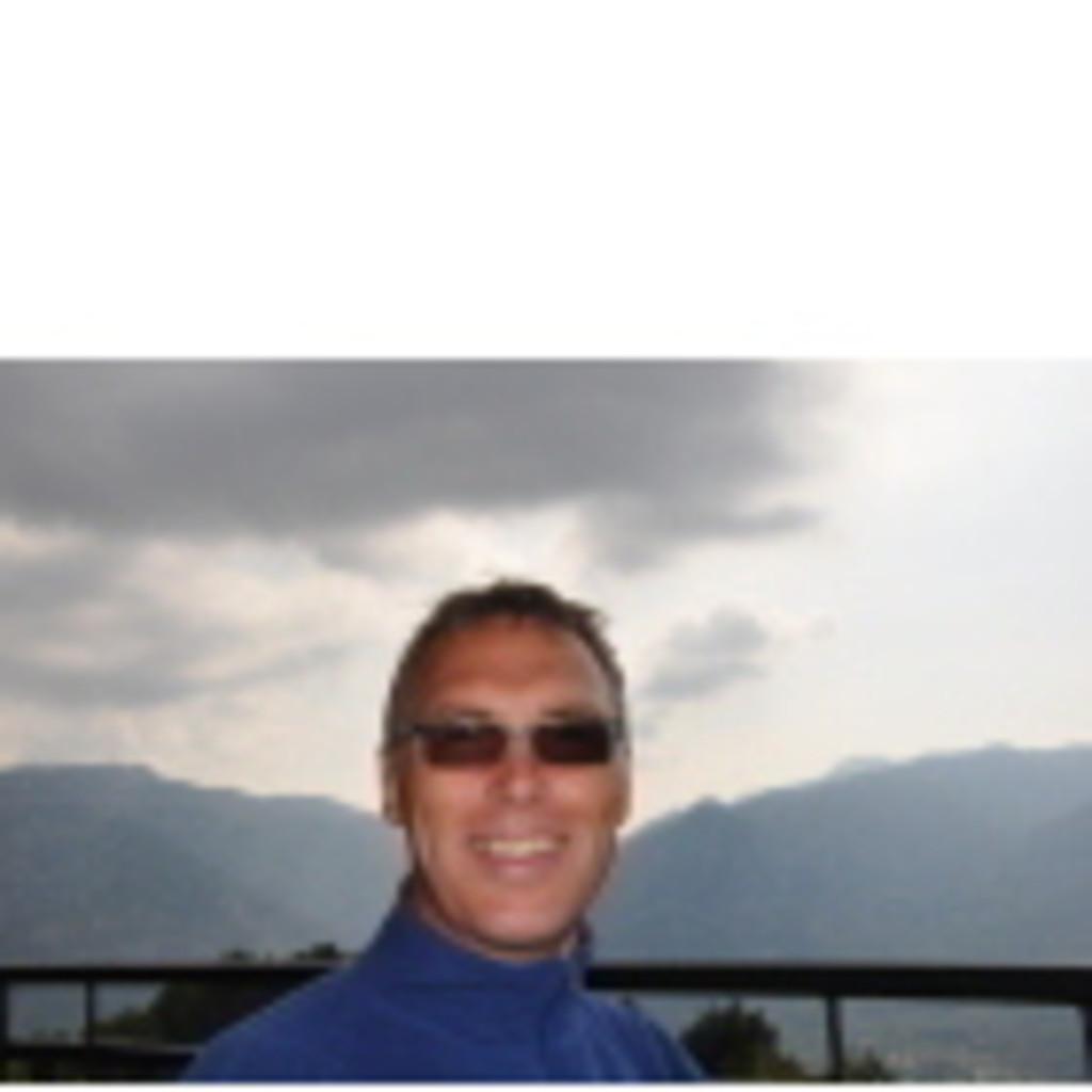 Bernd Hartmann - Technical Manager / Senior Systems
