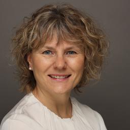 Liliana Preuß - TÜV Informationstechnik GmbH (Member of TÜV NORD GROUP) - Essen