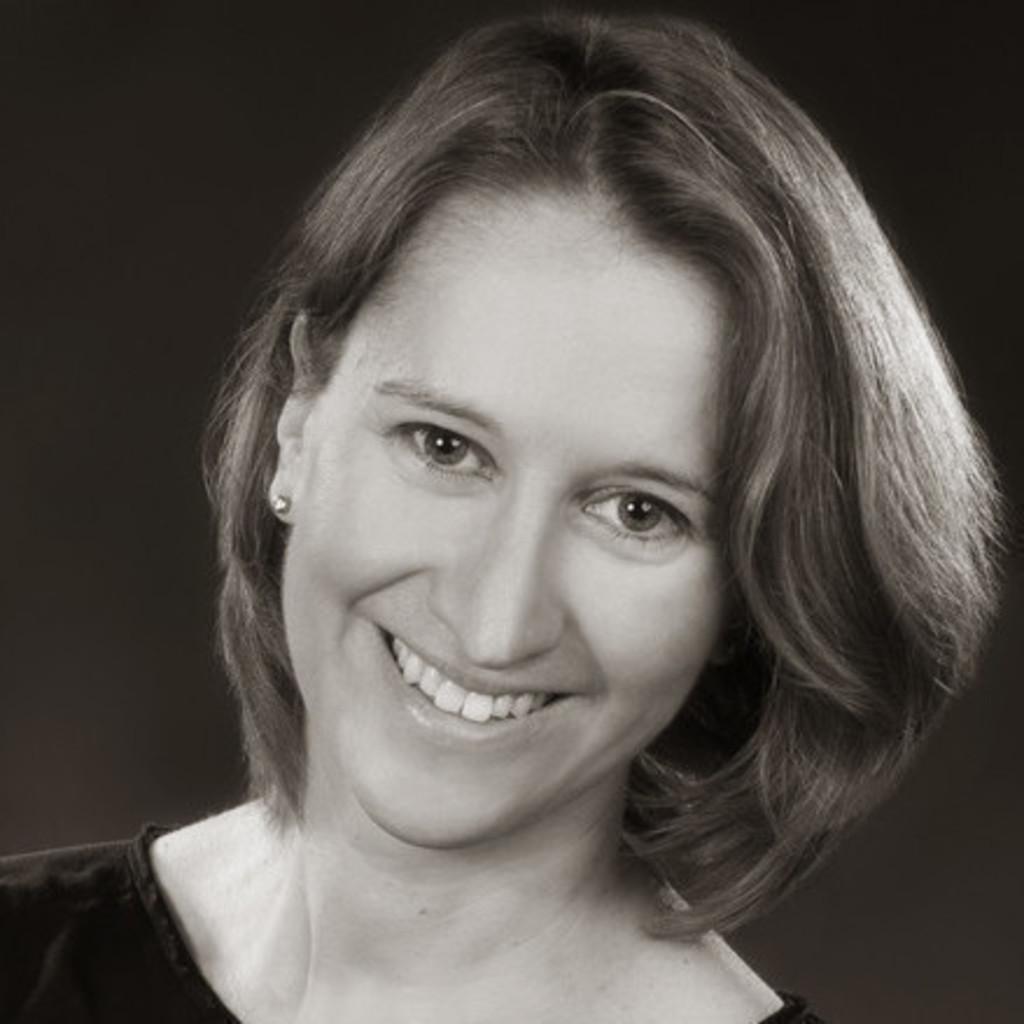 Stephanie Hock Senior HR Business Partner Schneider