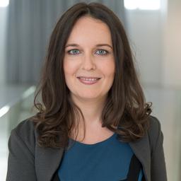 Marion Göth - emotion banking und Top Service Österreich - Baden