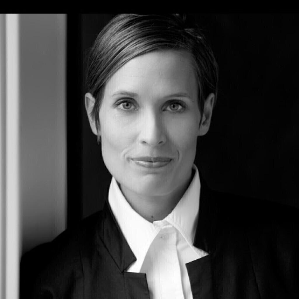 Julia Weinert