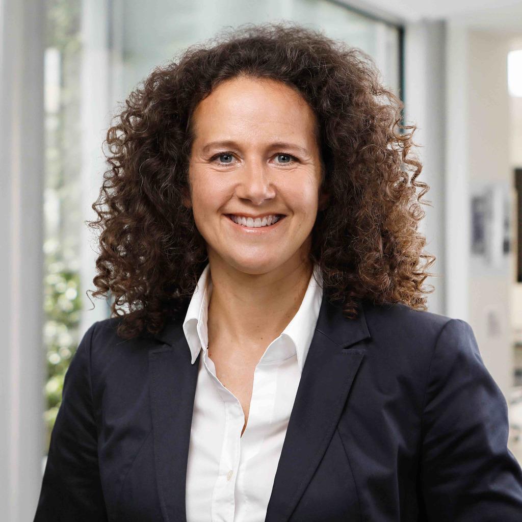 Jessica Renner - Vertriebsdirektorin Zentraler Vertrieb