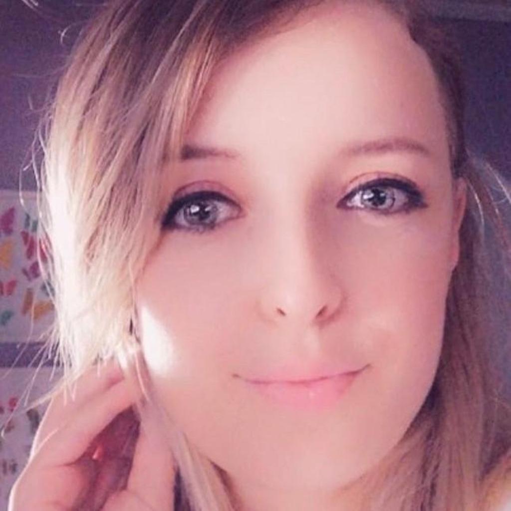Julia Anders's profile picture