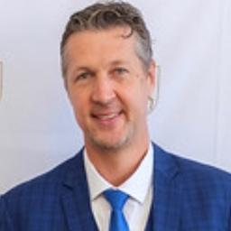 Dr. Martin Emrich
