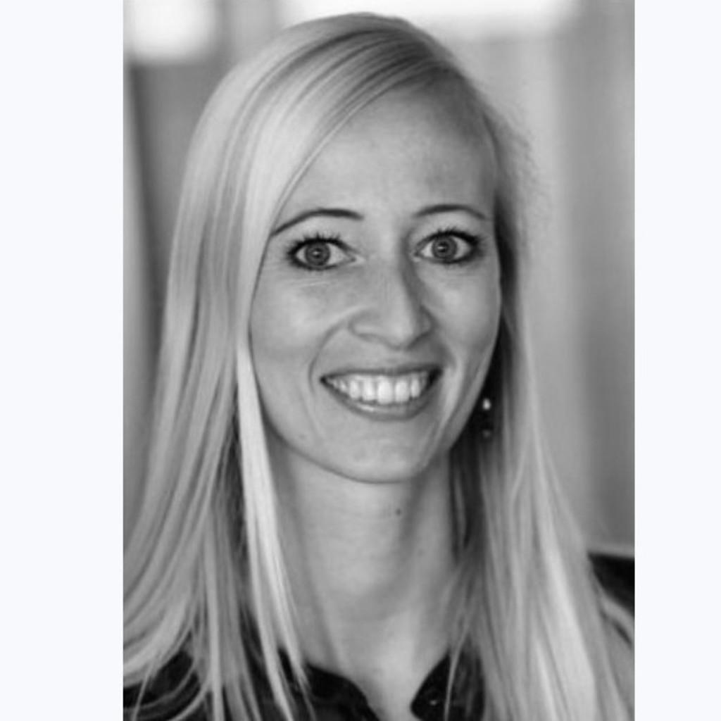 Lena Maria Rohou - Head of Consumer und Brand Marketing DACH ...