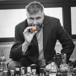 Arthur Nägele - Kompetenz in Degustation & Destillation - Rheineck