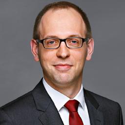 Dr. Franz König