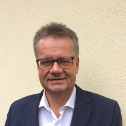 Dirk Rumberg - Benevento Publishing a Red Bull Media House Company - München
