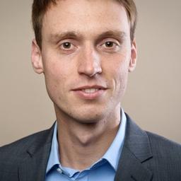 Dr. Thomas Flöter