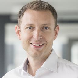 Dr. Matthias Naab