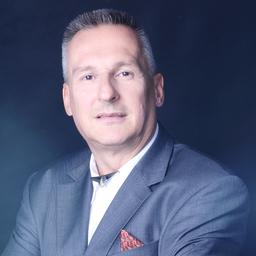 Joachim Knolle - adamelio Ltd. & Co. KG - Hünfelden