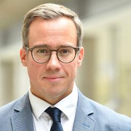 Dr. Philipp M. Reuß - LMU München (Lehrstuhl Professor Dr. Stephan Lorenz) - München