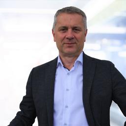 Christof Küchler - NewPlacement AG  (25 Jahre individuelles OutPlacement und Karriere-Coaching) - Bielefeld Dortmund Hagen Hamm Münster-OS Bochum