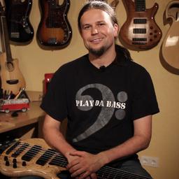Andreas Reinhard - Bassist, Musiker, Dozent, Live-Musik - Essen