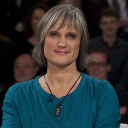 Julia von Weiler - Innocence in Danger e.V. - Berlin