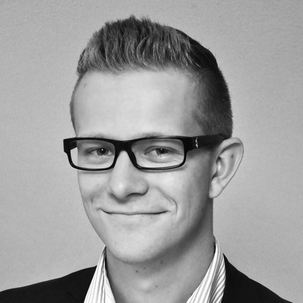 <b>Florian Lange</b> - Fachinformatiker für Anwendungsentwicklung - petaFuel GmbH | ... - florian-lange-foto.1024x1024