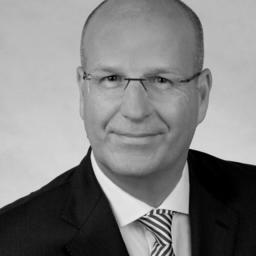 Michael Albrecht - Pluradent AG & Co KG - Karlsruhe