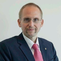 Dr. Alexander Sekanina