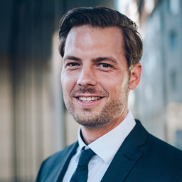 Dr. Silas Elfgen
