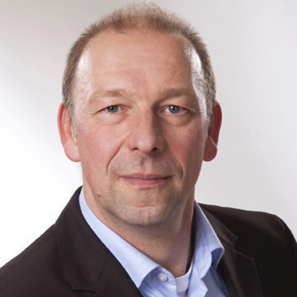 <b>Jens Kommichau</b> - Steuerberater - ALMA GmbH Steuerberatungsgesellschaft   ... - uwe-holzh%25C3%25BCter-foto.1024x1024