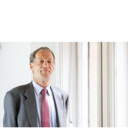Dr. Gernot Rössler