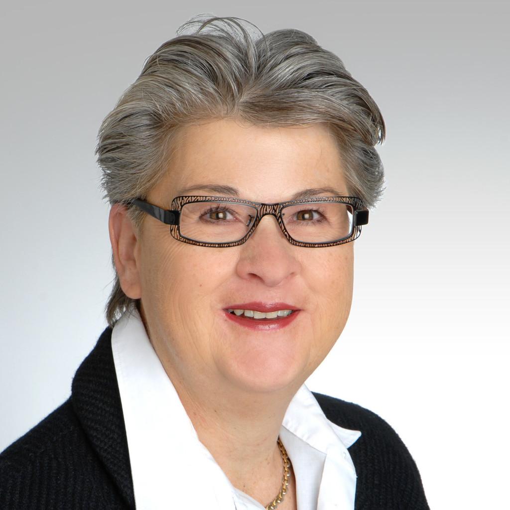 <b>Verena Schnyder</b> - Sozialversicherungsexpertin / Freelancerin - Schweizer <b>...</b> - verena-schnyder-foto.1024x1024