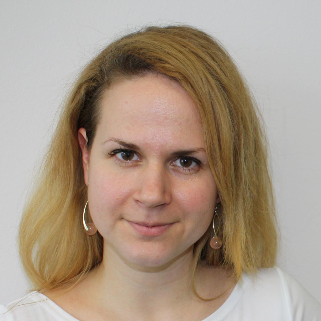 <b>Sabrina Reiser</b> - Junior Marketing Manager - Telefónica Germany GmbH &amp; Co. - zsofia-szanyi-foto.1024x1024