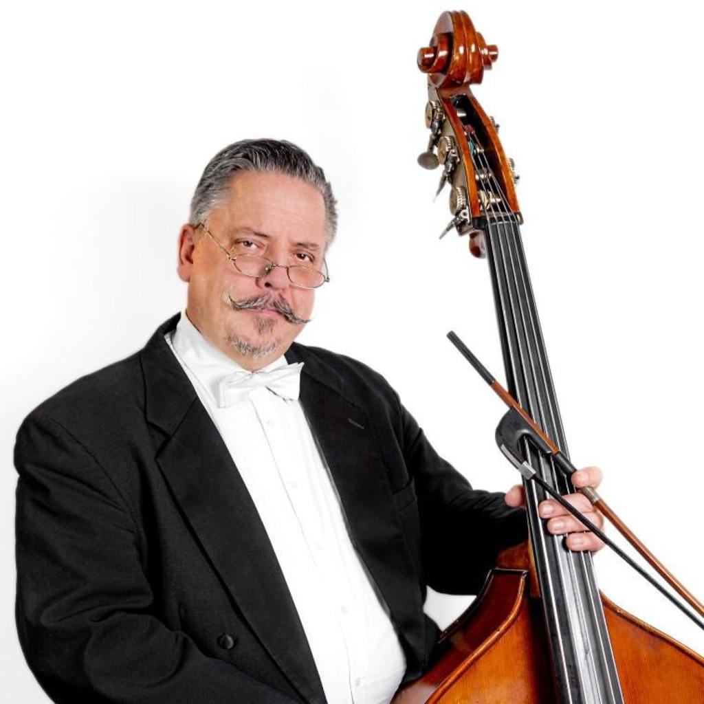 <b>Peter Andreas</b> Langisch - Kontrabassist - Neue Philharmonie Westfalen | XING - peter-andreas-langisch-foto.1024x1024