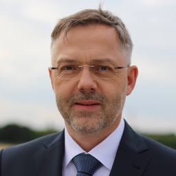 Michael Hoffmann - Oberender AG - Bayreuth