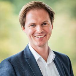 Dr Jonathan Hager - für GLOBAL-FINANZ AG - Wuppertal