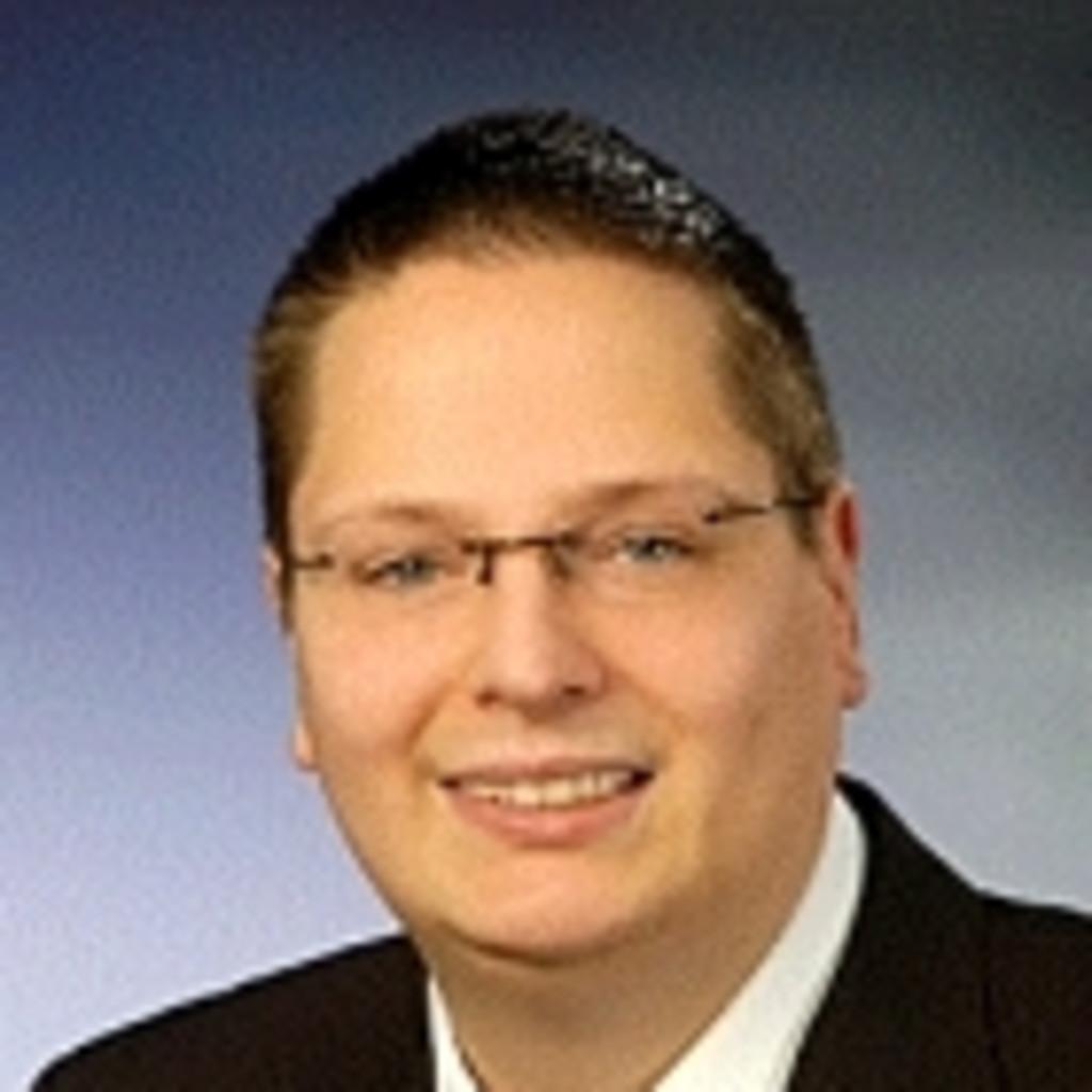 Benedikt schneider service techniker cancom nsg ict for Ict techniker