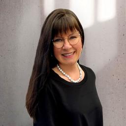 Karin Hauser - Zukunftsfähige Führung - Lebendige Unternehmenskultur - Zielführende Strategien - Pfungstadt