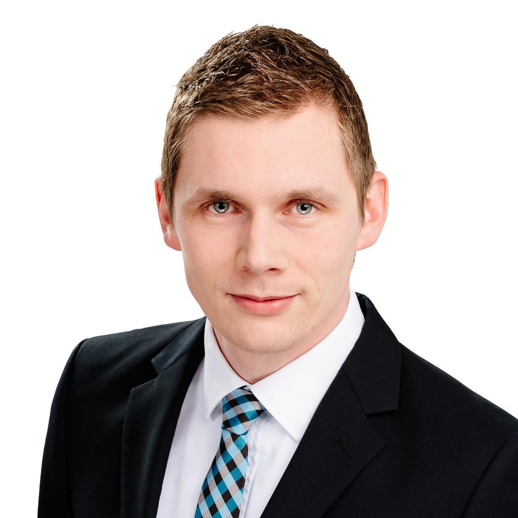 Nils hartmann product support engineer akamai - Hartmann mobelwerke gmbh ...