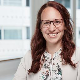 Elena Arnold's profile picture