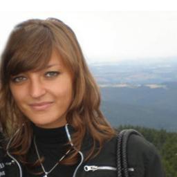 Anna Deutsch - Vitaloase am See Wellness Massagen und Hautbehandlungen - Hof