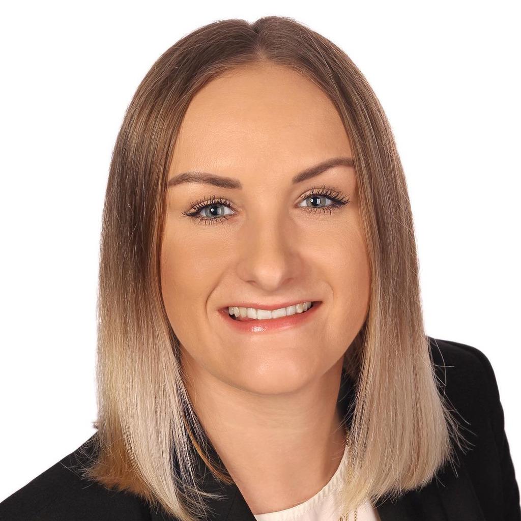 Nina Büche Finanzberaterin Privatkunden Volksbank Beilstein