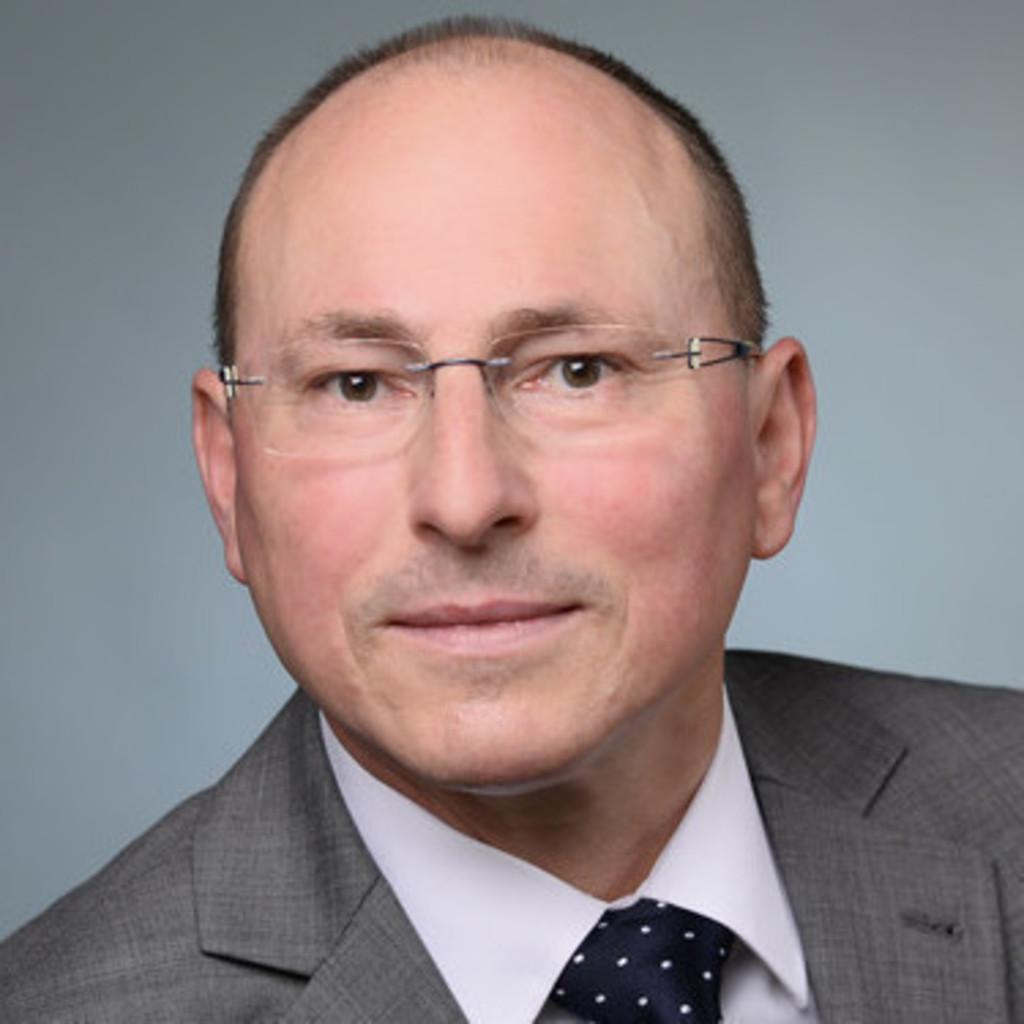 Peter Mueller - Technischer Mitarbeiter - Bayerisches Landeskriminalamt | ...