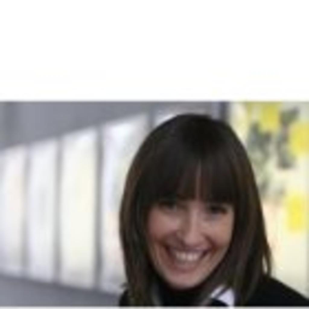 Caroline Klinger Projektleitung Programm Puls 4 Tv Gmbh Co Kg