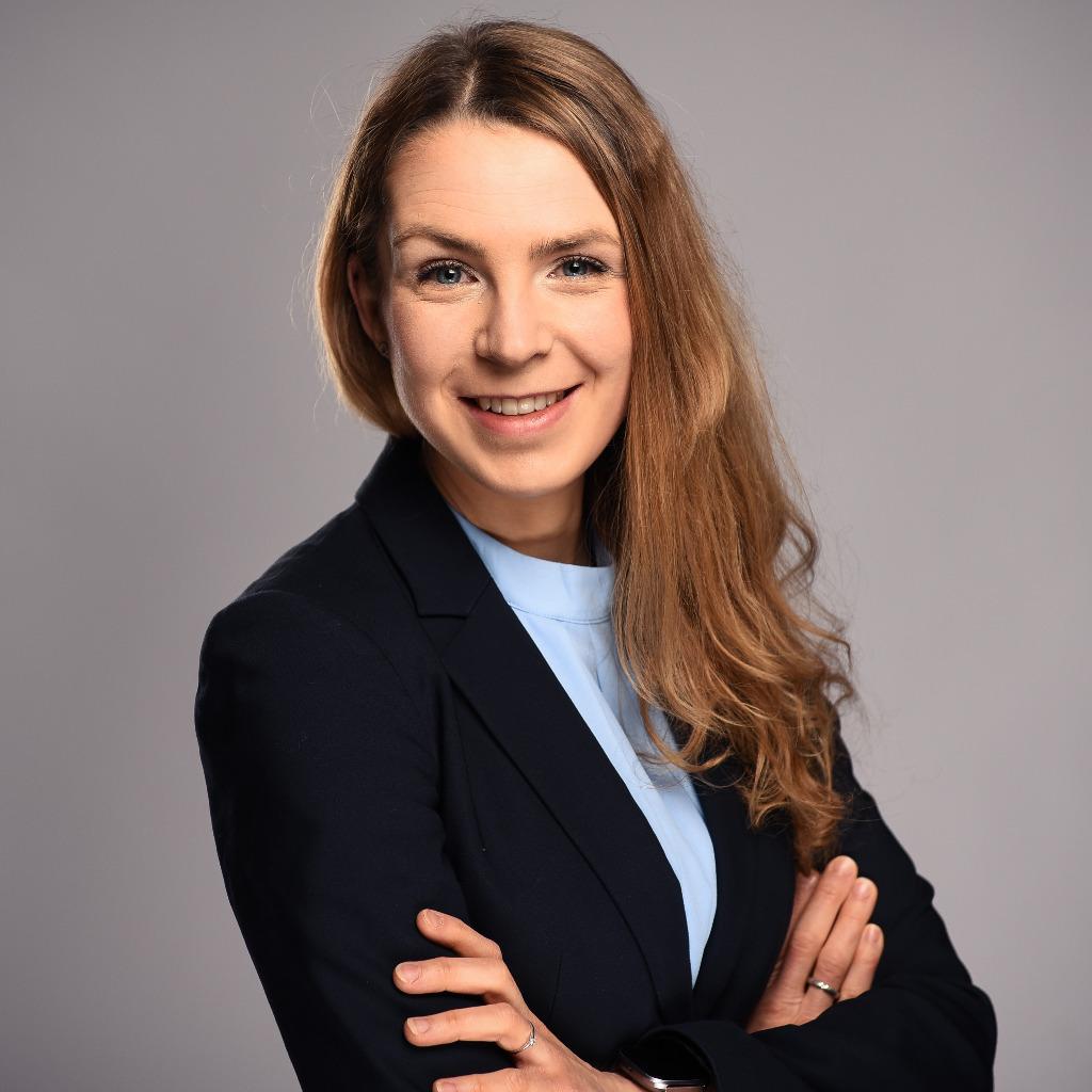 Lisa d sing projektmanagerin und junior consultant for Junior consultant